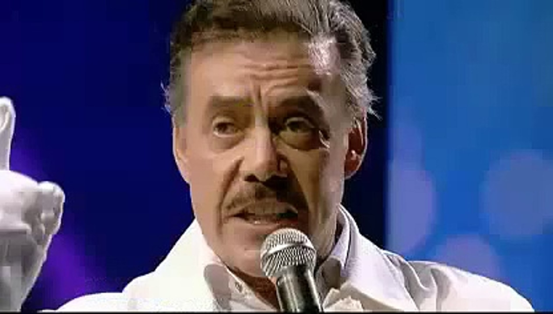 Jenni Rivera's Father SINGS Song in Memorial Service For Jenni Rivera La Diva de La Banda