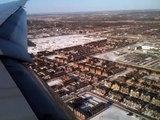 Atterrissage à l'aéroport de Montréal
