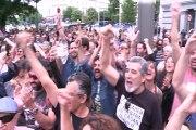 Madrileños apoyan a Carmena en Cibeles