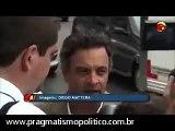 Aécio Neves dá chilique ao ser questionado sobre seu envolvimento com Cachoeira