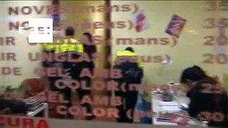 Operacion policial en Barcelona contra peluqueras chinas con