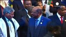 La Corte Penal Internacional pide a Sudáfrica el arresto del presidente de Sudán, Omar al Bashir
