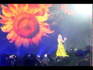 Katy Perry - Unconditionally @ The Prismatic World Tour Jakarta 150509