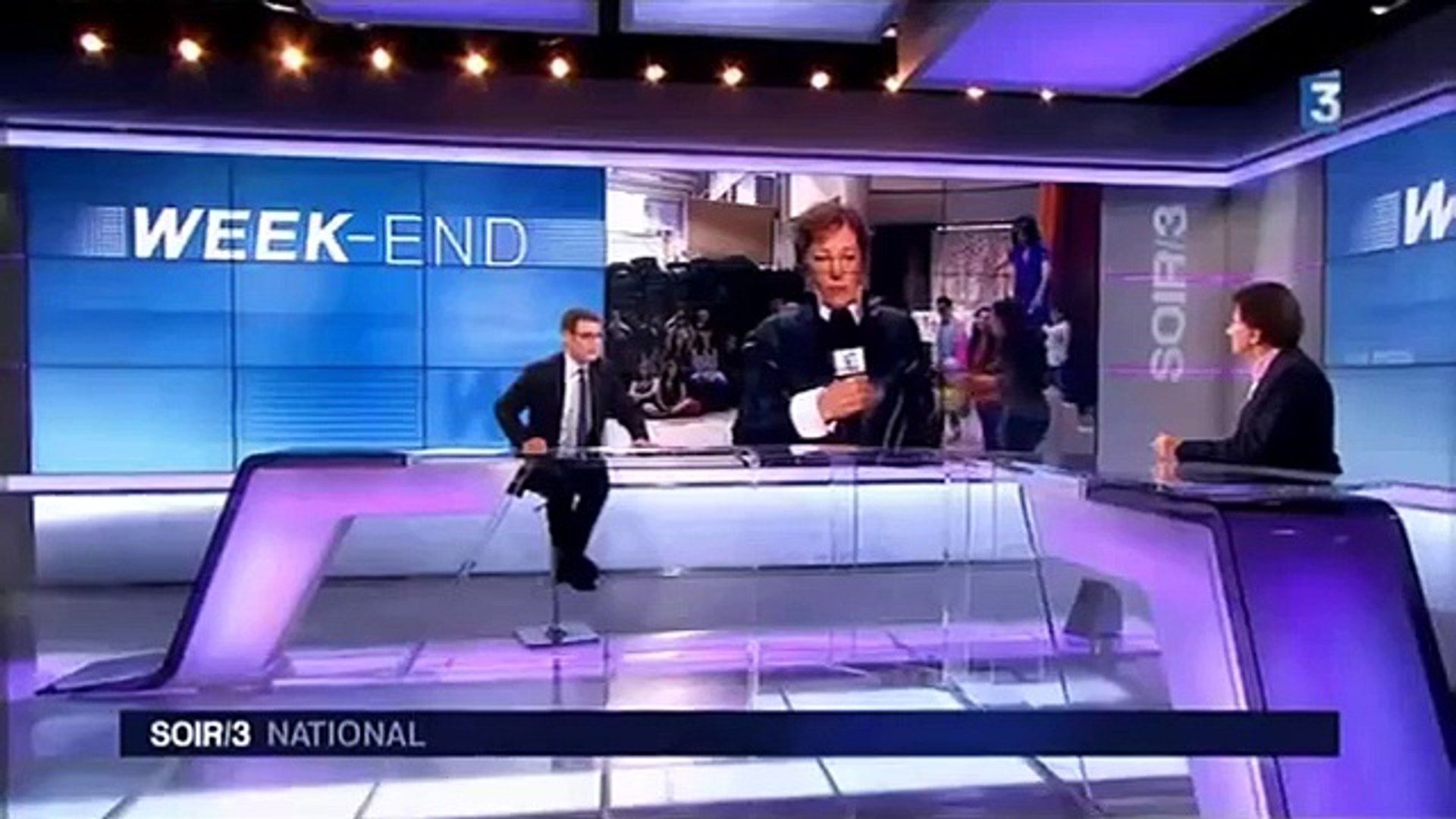 BUZZ NEWS   La journaliste de france 3 embrassee sur la bouche en direct