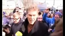 From 1989 to 2013 David Hasselhoff singing again in protest to save Berlin Wall