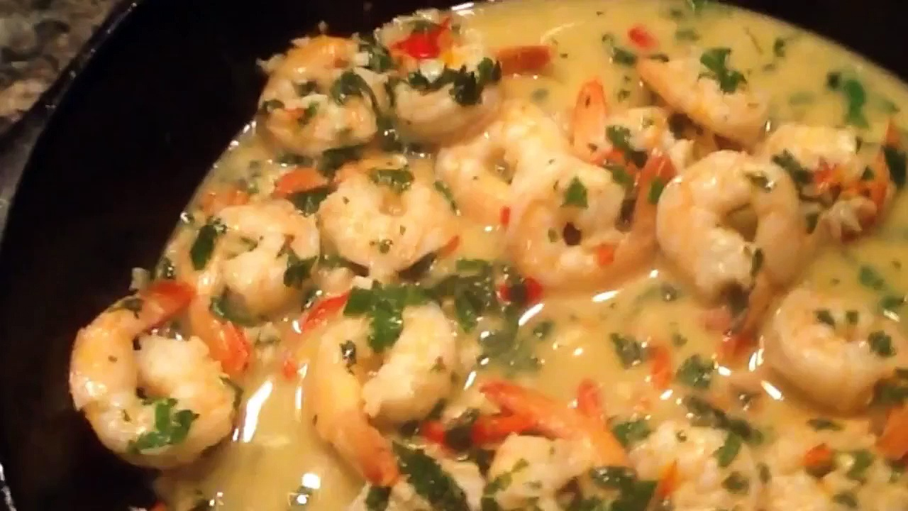 Open fire shrimp scampi – cast iron outdoor cooking – garlic shrimp recipe