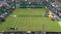 Le lob de Federer au tournoi de Halle (2015)