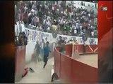 Tremenda cornada Toro saltó al callejón en Plaza Toros Nuevo Progreso Guadalajara