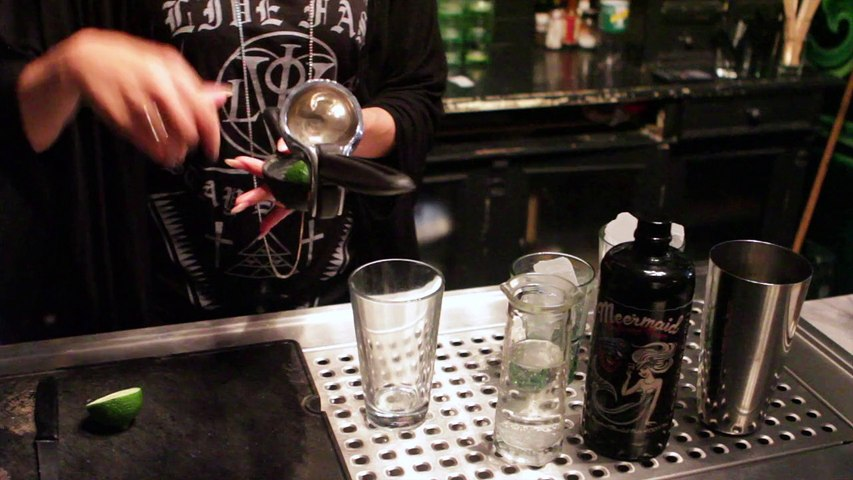 How to Make a Ron Collins with Meermaid Infused Rum