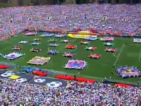 Jennifer Lopez – Let's Get Loud (Live Women's World Cup Final) (10 07 1999)