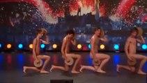 Danse nue très drôle