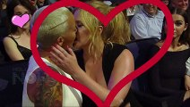 Amber Rose-Kissing-Amy Schumer Hot Kissing Day At MTV Movie Awards 2015