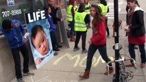 Abortion Clinic Escorts Erase Mom msgs as Abortions Occur - LIVE PRO LIFE CHICAGO 4-12-14