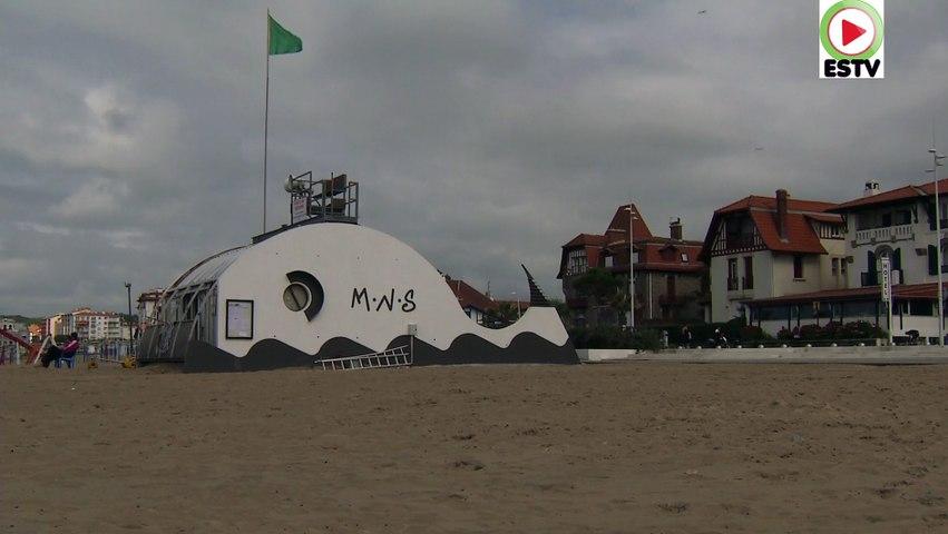 Hendaye: Des Surfs, des Avions et un beau Chateau - Euskadi Surf TV