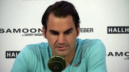 Federer, contento de comenzar la temporada de hierba