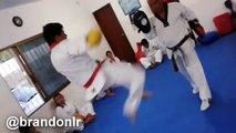 Práctica De Kickboxing / Kickboxing Practice