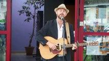 Saint-Pol : le chanteur pop-folk a participé à la fête de la Musique