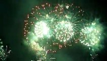 Bouquet final - feux d'artifice fête du Lac d'Annecy 2010
