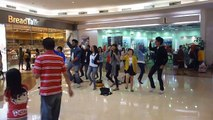 "AIESEC Bandung Flash Mob ""Support KAA PROJECT - Global Youth Assembly 2012 for MDGs2015"" (Session 1)"