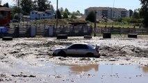 Subaru Impreza Attempts Mud Run   Auto Tough Mudder