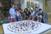 Artistas explican exposición de menores en Guggenheim