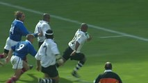 Fiji's Uluinayau scores breakaway try at RWC 1999