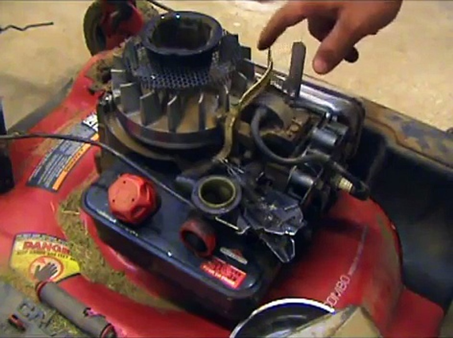 Linkage Spring Replacement On A Briggs Stratton Quattro 4 Hp Murray Lawn Mower