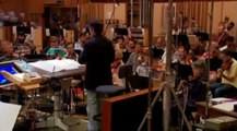 """James Horner lors de l'enregistrement studio de la musique du film """"Avatar"""" (2009)"""