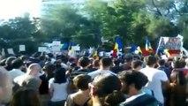Protest 1 septembrie 2013 Bucuresti Rosia Montana si Gaze de sist impotriva guvernului Ponta