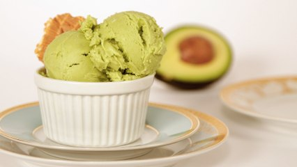 You Have to Try This Avocado Ice Cream - It's a Game Changer!