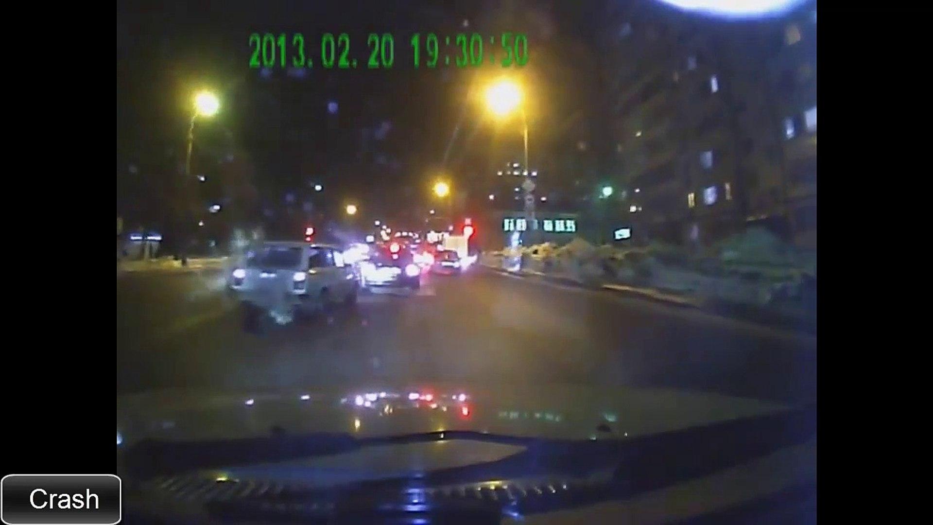 Аварии на дорогах видео 2015 смотреть бесплатно. Часть 3