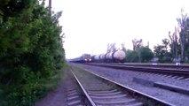 Тепловоз 2ТЭ10УТ-0032 с поездом 102 Херсон - Киев / Diesel locomotive 2TE10UT-0032 with train 102