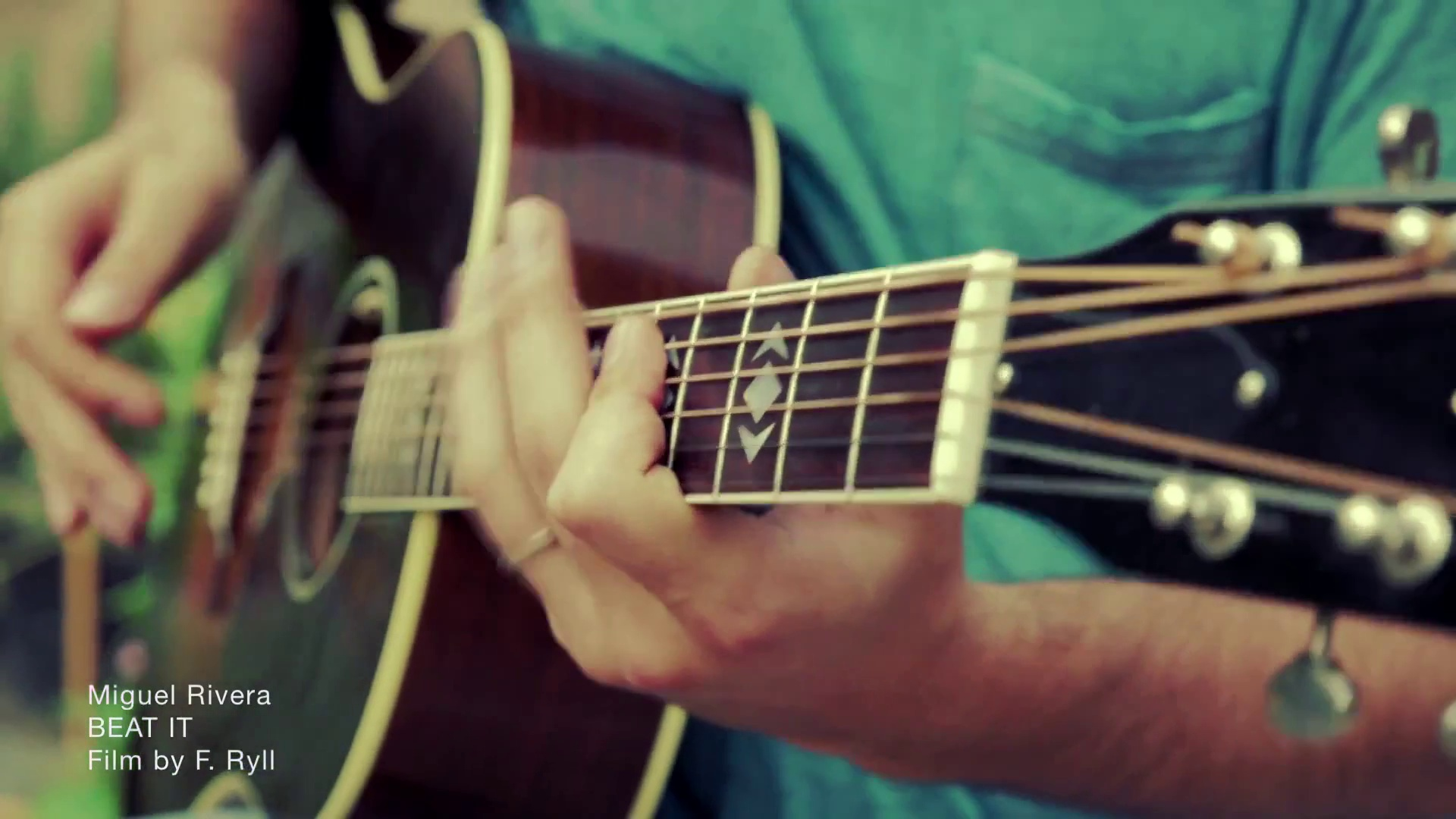 Talented guitar player covers Beat It (Michael Jackson) – Insane Solo guitar