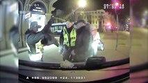 Rīgas Pašvaldības policija aiztur veikala zagļus