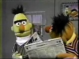 Sesame Street - Ernie & Bert: LET ME IN!!!!!!!