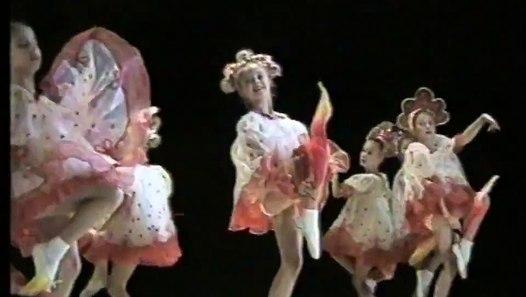 Детский танец КАЛИНКА / Children dance KALINKA - video ...