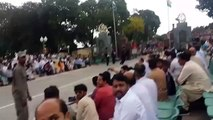 Sharam Karo Haya Karo  Hamara Kabotar Reha Karo   Message to India from Wagah Border
