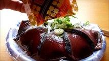 [ Japanese cuisine ] Eating Japanese food Washoku Sashimi  Katsuo no Tataki  鰹のタタキ