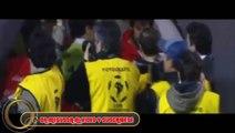 Hinchas de Boca Juniors Lanzan Gas pimienta y Gas Lacrimógeno a Jugadores de River plate
