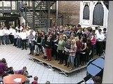 Å tenk at gråpus har fire - Hele høgskolen synger Munthe. 14. okt. 2010 (DMMH)
