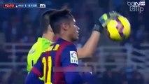 Video Tiểu xảo _#039;ăn cắp trứng gà_#039; bất thành của Neymar - Clip.vn