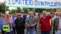 Grèce : 10 000 retraités et syndiqués marchent contre l'austérité