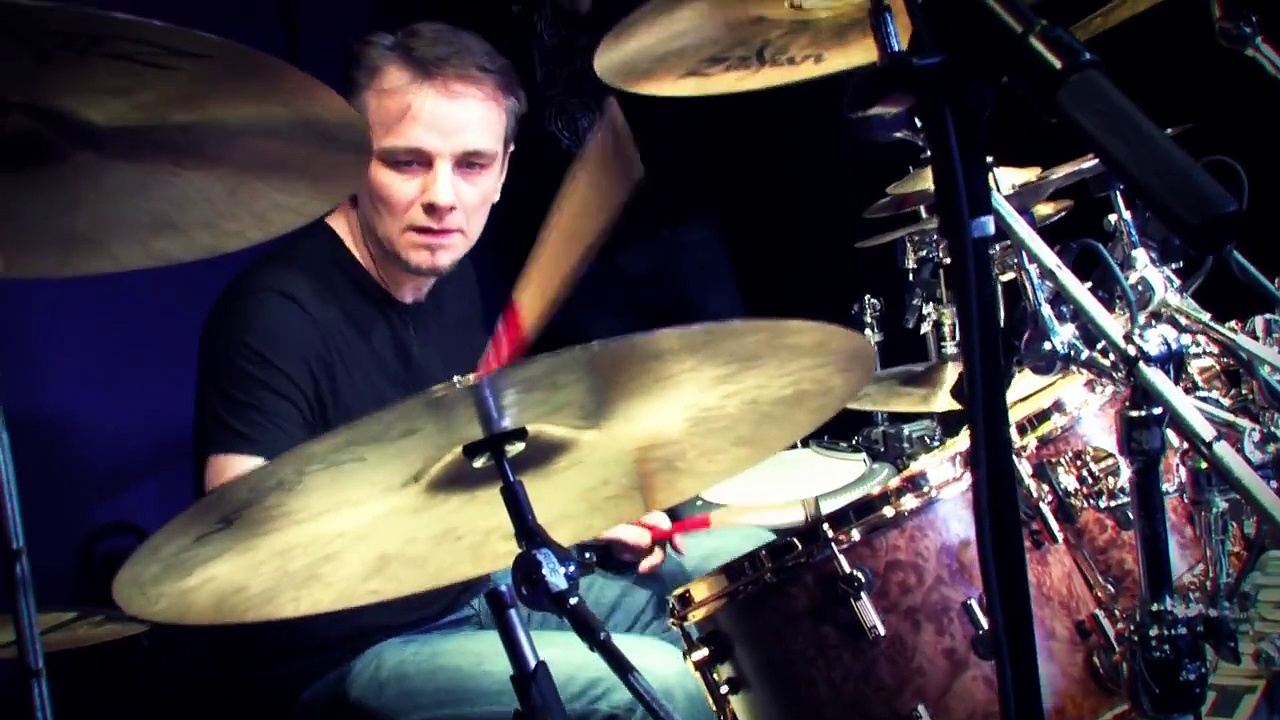 Guitar Center Sessions: Gavin Harrison – The Sound of Muzak