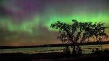 Ballet d'aurores boréales dans le ciel du Minnesota