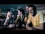 Pub Tooheys ou décapsuler une bière avec sa c****