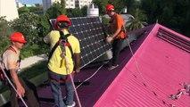 President Nasheed of the Maldives Installs Solar on the Muleeaage