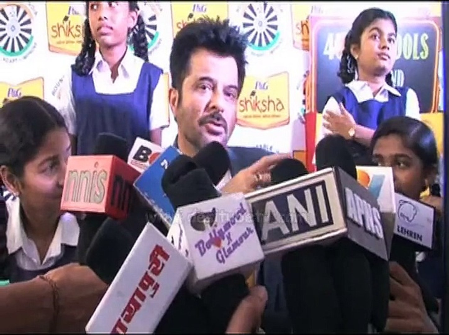 Anil Kapoor pledge their support towards a brighter India, Watch Video!