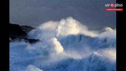 Fotografirao je more tokom snažne oluje. Kad je došao kući i pogledao fotografije, ostao je bez teksta
