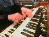 Cyndi Lauper - Hey Bulldog (Lennon tribute)