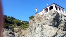 Extreme Cliff Jump ( Diving ), 20 meters ! :)